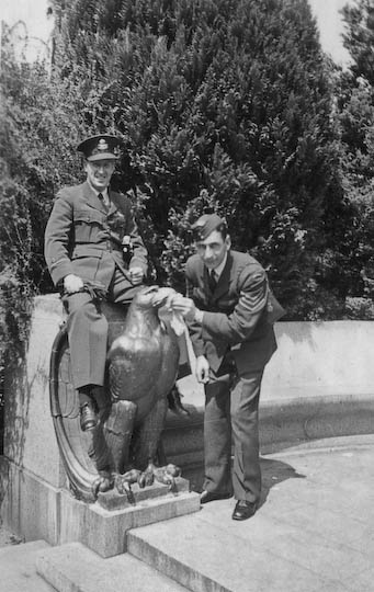 F/O Lee and Sgt. Brand at Stanley park