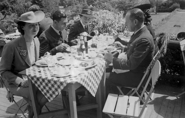 Lunch at the Pavilion, Stanley Park