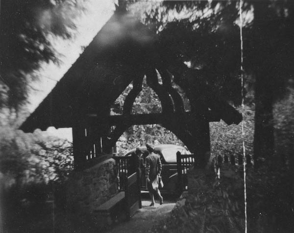 """Gateway to """"The Little Old Church In The Woods"""""""