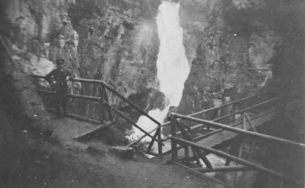 The Falls (and Tom Lee) taken by Lestor S. Kellogg