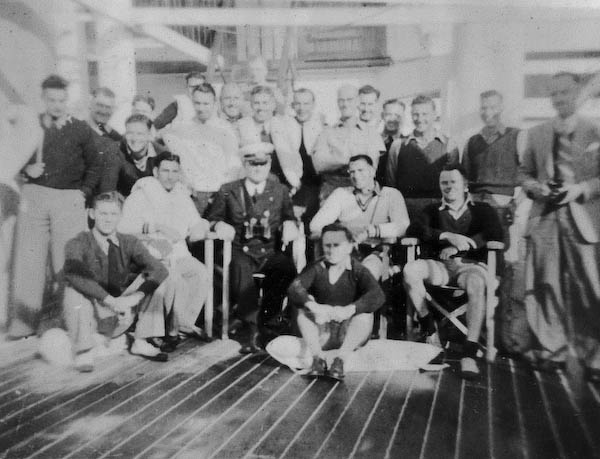 Airforce Personnel with Captain Beijbom