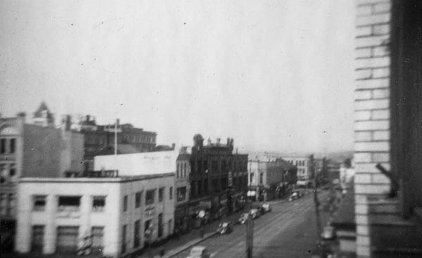 Victoria Street Scene